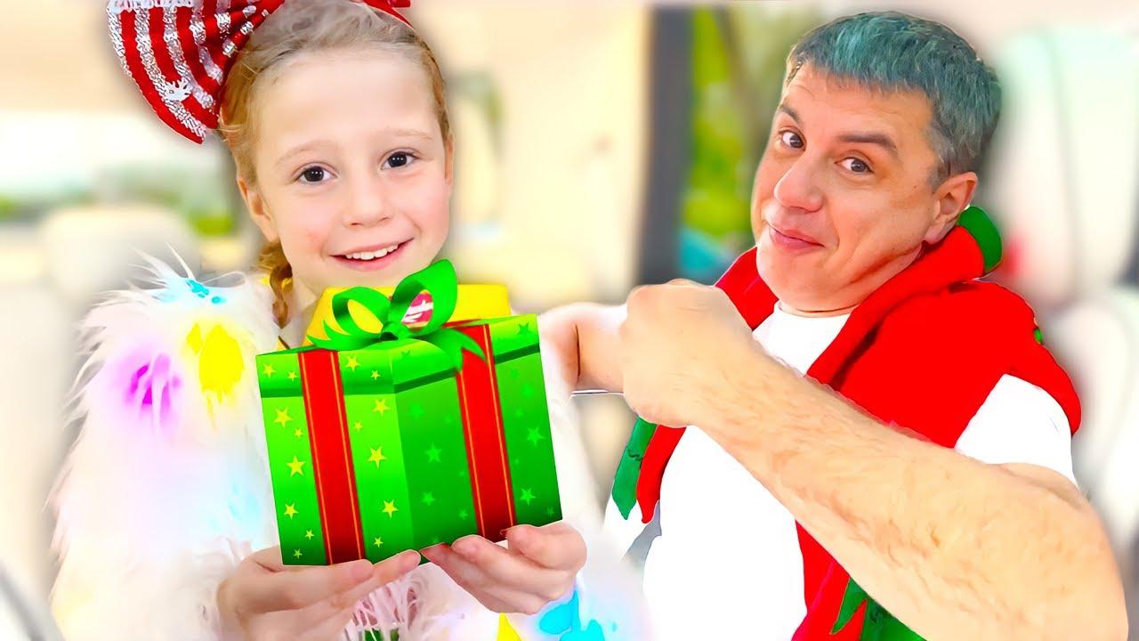 ناستيا والعائلة رحلة عيد الميلاد بالسيارة