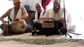 Jo mange Thakur apne se   voice bhai Jaspal Ji Guru   Ravidass Bhawan Paris on 12 june 2011 00