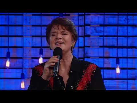 Anneli van Rooyen sing Ek Wil Jou Ken op Klavierkuiers