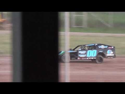 7 10 15 modified heat win at Luxemburg Speedway