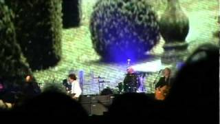 Paul McCartney - A Day in the Life / Give Peace a Chance - 11/11/10