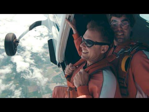 Armin van Buuren feat. BullySongs - Freefall (Official Music Video)