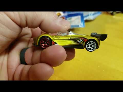Hot Wheels mystery Walmart exclusive series 3 Datsun 510  69 unboxing review Mustang boss 302 Mazda