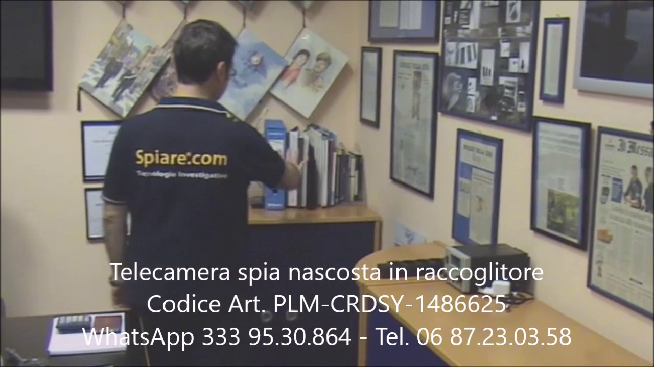 Telecamera spia nascosta in un raccoglitore - YouTube