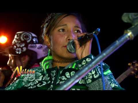 Las sabrositas de la huaylia Licor maldito en concierto pataqueña 2017
