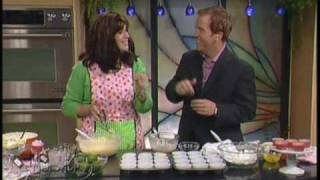 Pink Lemonade And Key Lime Cupcakes On Studio 5 By Wendy Paul & 101 Gourmet Cupcakes