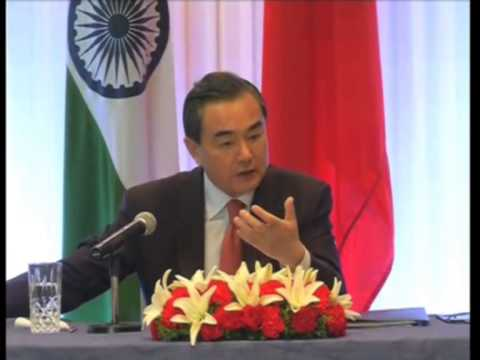 China Foreign Minister meets Indian President, calls for greater cooperation