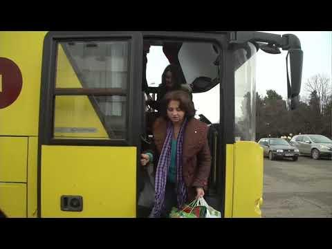 Прибытие беженцев из Нагорного Карабаха в Степанакерт