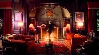 Damon y Elena hacen el amor. Escena final completa en Español. Kiss me :)