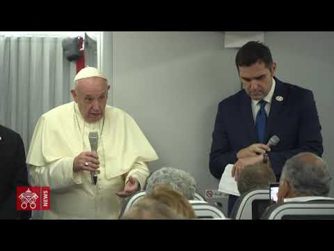 Pope Francis' in-flight press briefing en route from Panama: integral video 2019.01.27