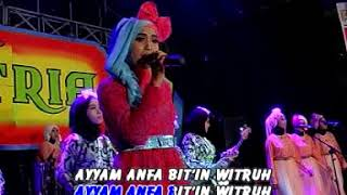 Video Binti Salbiah - Tiara Dian Tari [OFFICIAL] download MP3, 3GP, MP4, WEBM, AVI, FLV Juli 2018