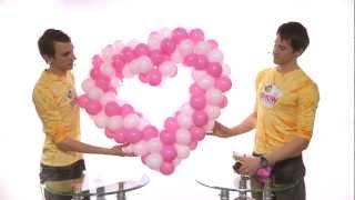 Как сделать сердце из шаров (heart made of balloons)(, 2012-05-19T09:35:34.000Z)
