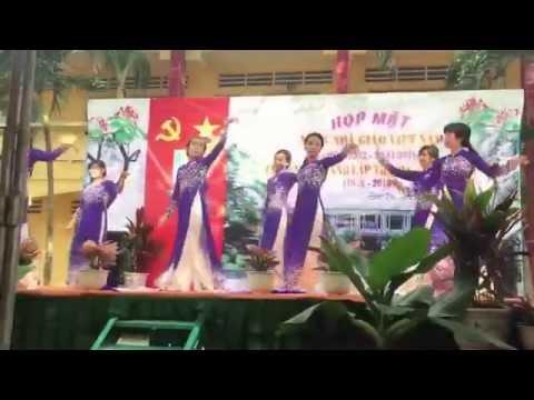 Tiết mục mừng 20/11/2016 của các cô trường Mẫu Giáo Phước Vân.