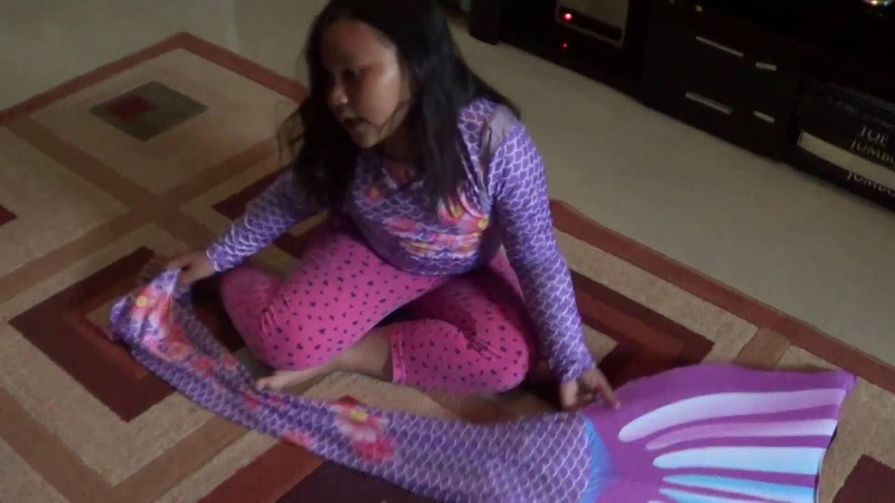 Cara Memakai Baju Little Mermaid Youtube Renang Ikan Duyung