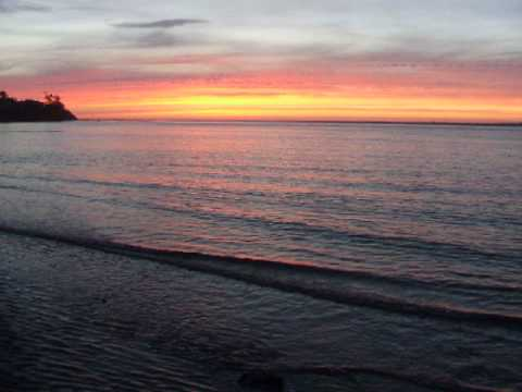 OregonCoastal.com Sunset on Alsea Bay | Hotels | Motels | Oregon Coast Travel Guide