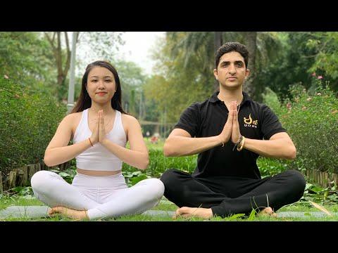 Beautiful Garden yoga / Master Ajay