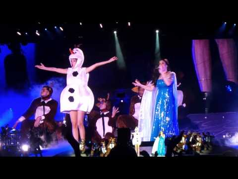 Let It Go - Taylor Swift & Idina Menzel (Halloween, Tampa FL)