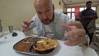 trying-punjabi-kulcha-indian-food-vlog