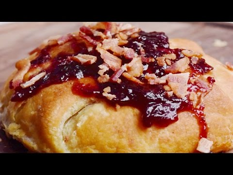 Baked Brie | Easy Baking Recipes | Fun Food Ideas by So Yummy