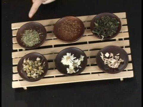 Basics of Tea : What Is Herbal Tea?