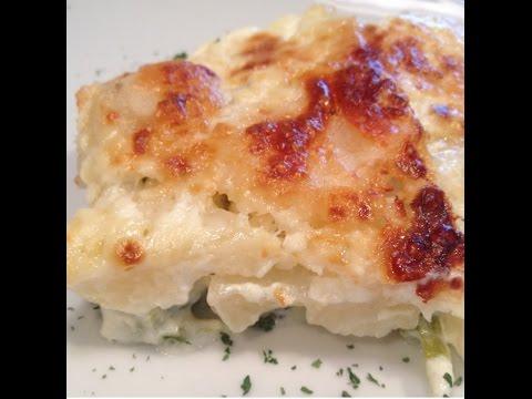 Easy Cheesy Potato Broccoli Casserole