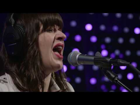 Shelby Earl - The Vapors (Live on KEXP)