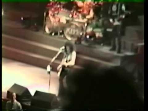 Kiss - Calling Dr Love - Melbourne 1995 - Multi Cam