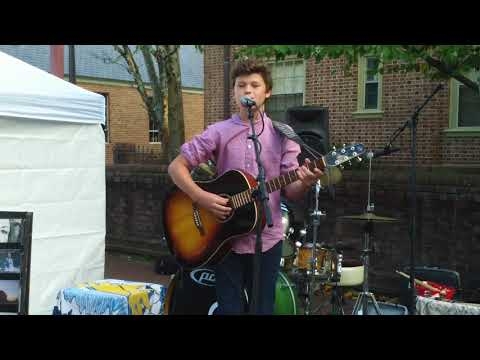Sebby Vishton Live at 2nd Sundays Williamsburg   Art & Music Festivals