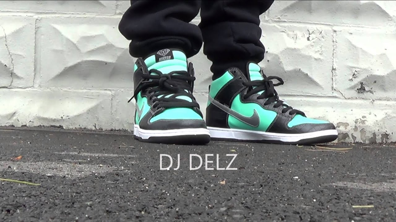 77b546ae8cea Nike SB Tiffany Dunk High Diamond Supply   Co Shoe On Foot Sneaker Addict  Show WIth Dj Delz