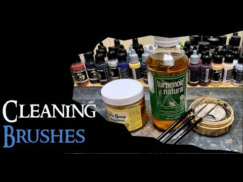 Cleaning and Maintaining Your Paint Brushes