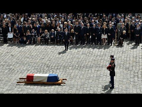 """Emmanuel Macron annonce que Simone Veil reposera """"avec son époux au Panthéon"""""""