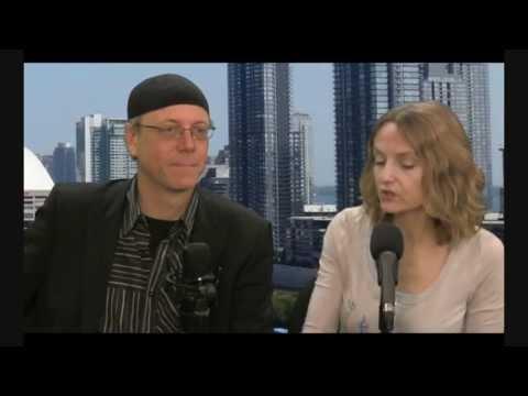 Upgrade your DNA before the aliens land! Patricia Cori - Gia Ionesco - Geoff West - Sandra Saradesi