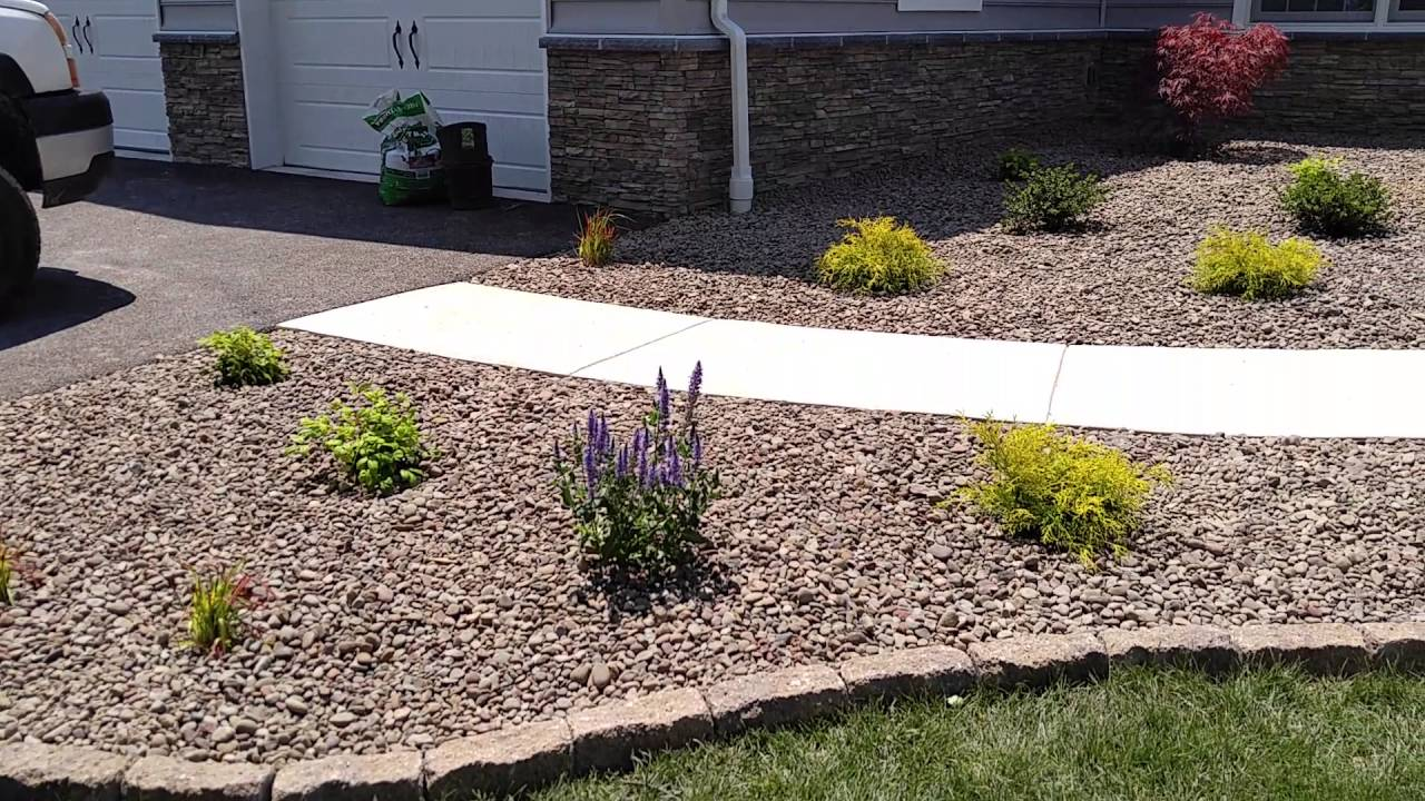 Low maintenance landscape design ideas for front yards in ... on Low Maintenance:cyizg0Gje0G= Backyard Design  id=27126