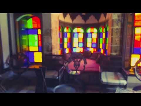 First vlog! Did not expect this! Travel vlog Beiteddine Palace Lebanon 2018 لن تصدق ذلك فلوق لبنان