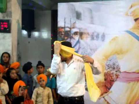 Bollywood Music Bol Bachchan Hindi Movie Yeh Jo Mohabbat Hai Daal Mein Kuch Kaala Hai Chakradhaar