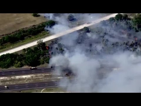 Brush fire closes both directions of Gandy Blvd, I-275