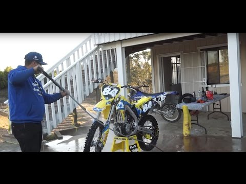 How To: Properly Wash a Dirt Bike