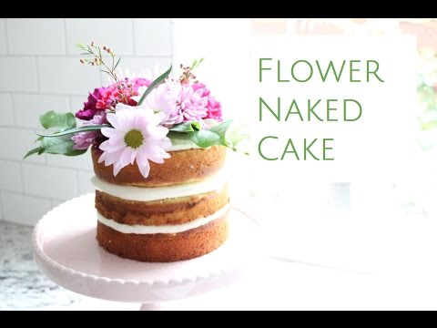 flowers on wedding cake safe how to decorate a flower cake 14348