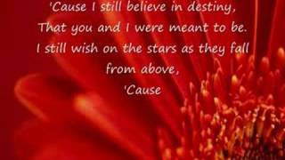 Hayden Panettiere - I Still Believe w/ lyrics FULL