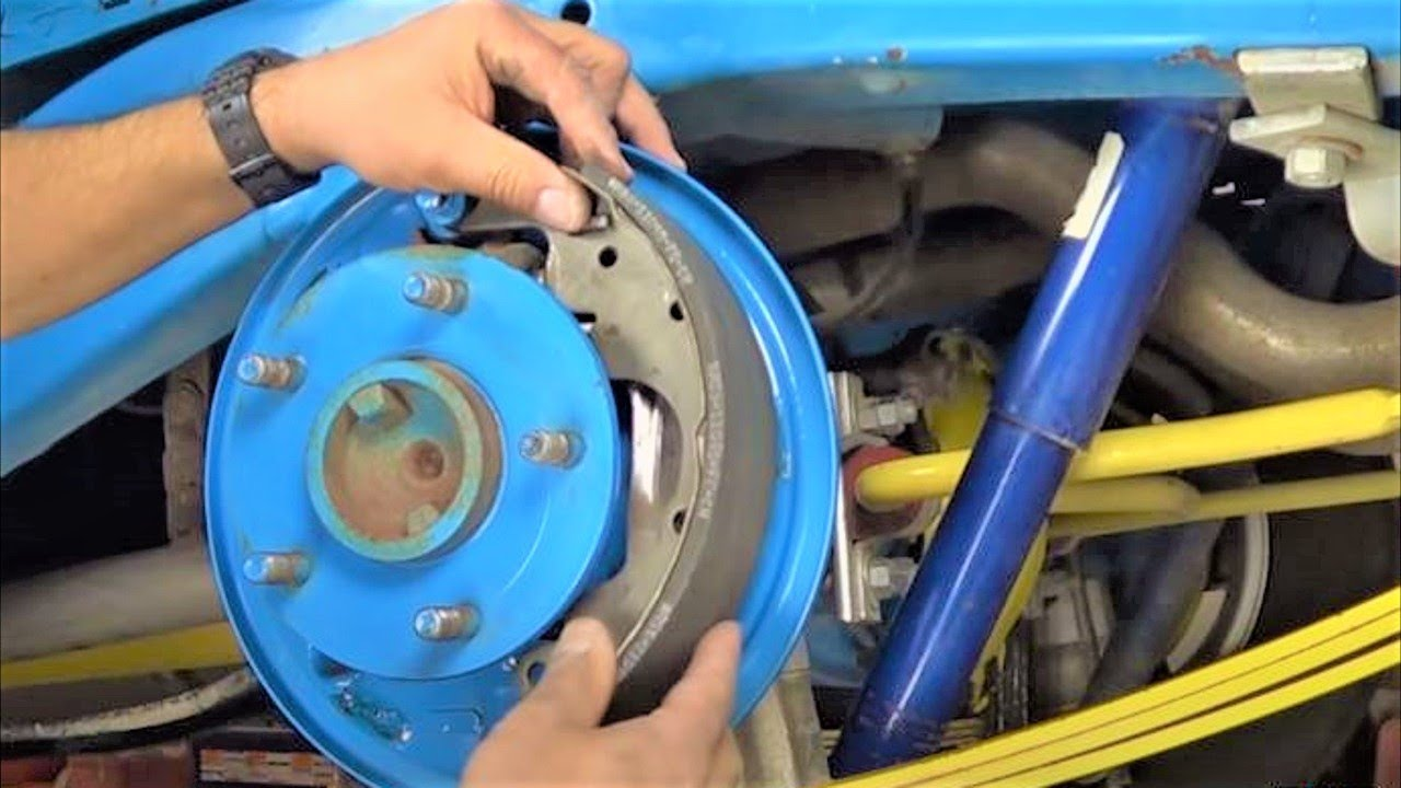 How To Replace Rear Brake Shoes On Chevy S10 And Gmc S15 Trucks By Chevrolet Berlinetta I Need A Diagram For The Drum Brakes Howstuffinmycarworks