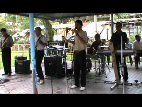 "Lagu "" OH FATIMAH "" dari A.Zamri & The ZZ Xpress 2,Singapura."