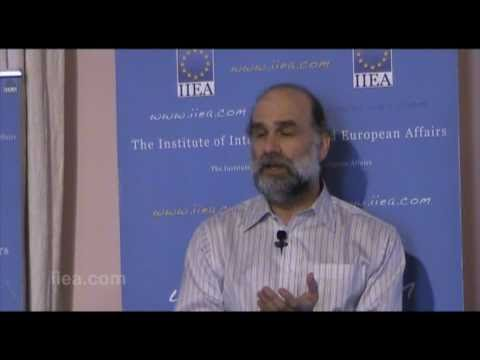 Bruce Schneier on Cyber War and Cyber Crime