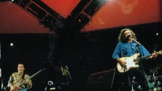 Tears for Fears - Standing on The Corner of The Third World (Live)