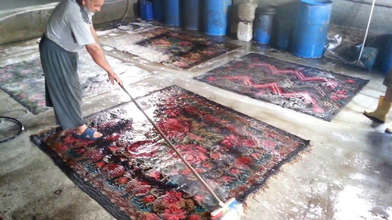 Reinigen Perzisch Tapijt : Reinigen rozenkelim youtube