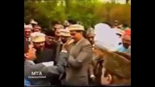 Hazrat Mirza Tahir Ahmad (A Man of God)