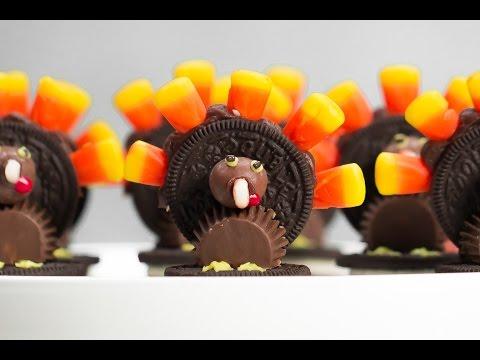 How To Make Fun Thanksgiving Oreo Turkeys | Southern Living
