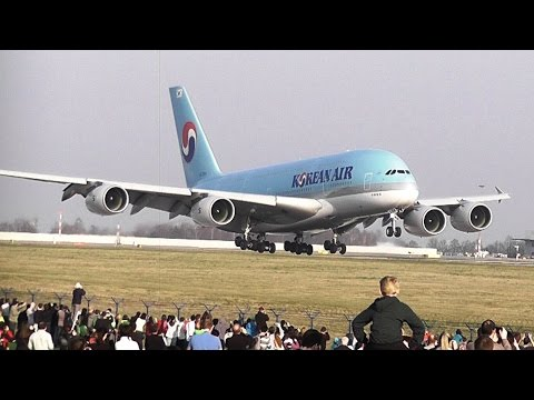 Airbus A380 KOREAN AIR first landing at Prague airport LKPR