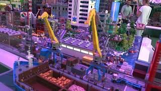 Lego House #2  Природа и города из Лего.
