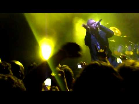Helloween - Waiting for the Thunder (Live at Fundição Progresso)