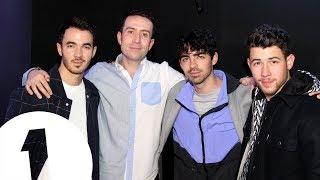 "The Jonas Brothers: 2008 v 2019 – ""you sound like a cartoon character?!"" Video"